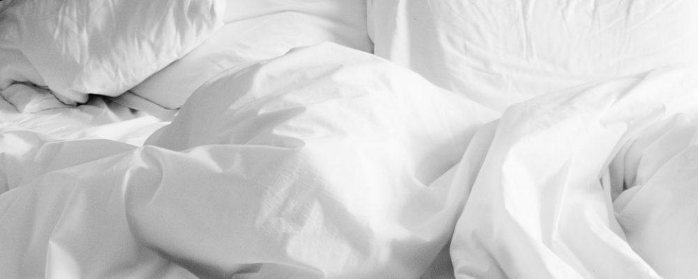 הפינוק המושלם לחדר השינה – סדינים יוקרתיים